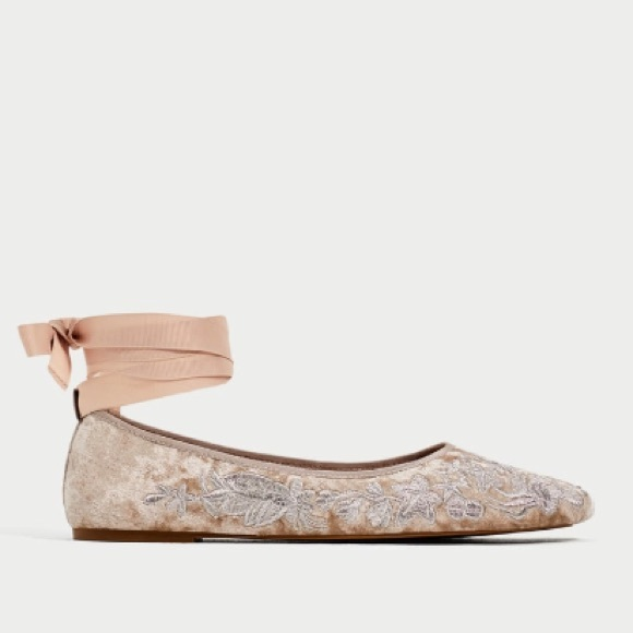 09fbb0510827 ZARA FLORAL EMBROIDERED BALLERINAS BRAND NEW